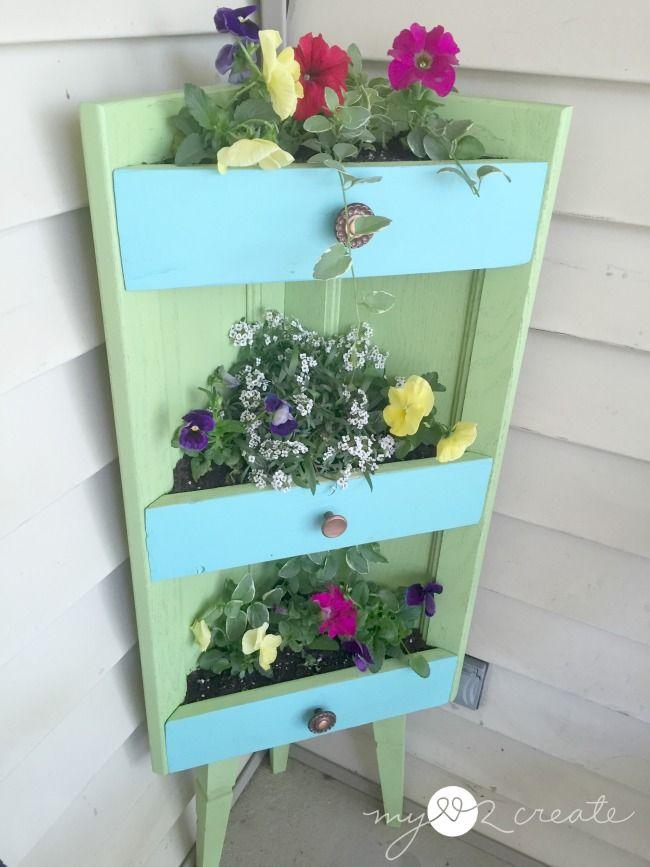 Corner-Cabinet-planter