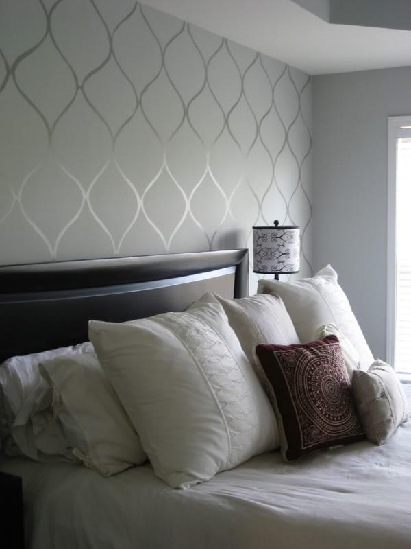DIY-Faux-Wallpaper-Accent-Wall